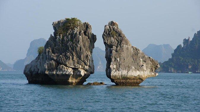 Hon Ga Choi Island (Fighting Cocks Island)