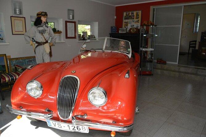 Classic Car Museum (Retro-Auto Muzejs)