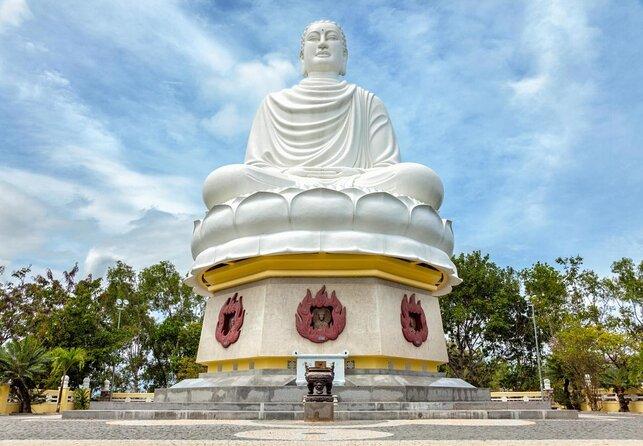 Long Son Pagoda (Chua Long Son)