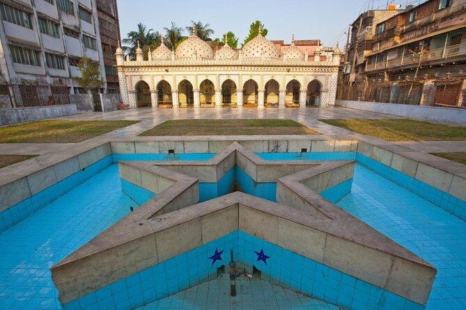 Moschea delle stelle (Tara Masjid)