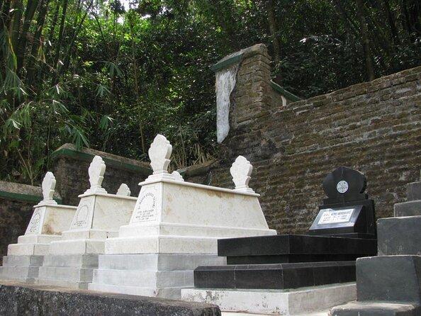 Imogiri Royal Cemetery (Pemakaman Imogiri)