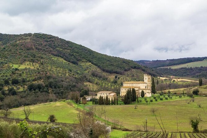 Abbey of Sant'Antimo (Abbazia di Sant'Antimo)