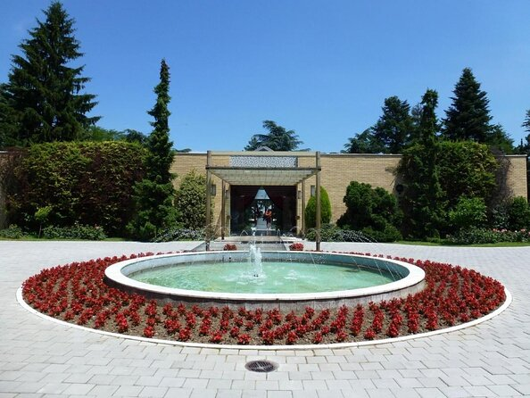 House of Flowers (Kuća Cveća)