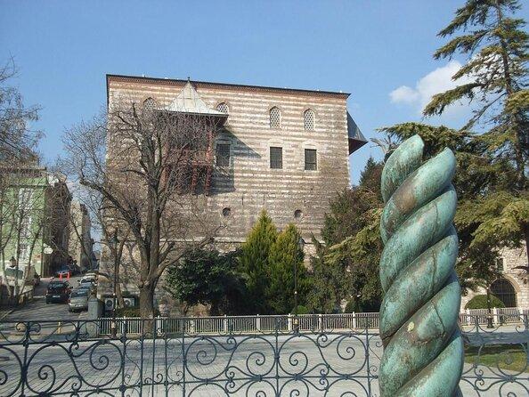 Columna de la serpiente (Yilani Sütun)