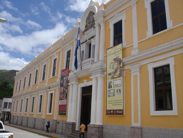 Museo de la Identidad Nacional (Museo Para La Identidad Nacional)