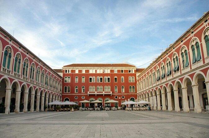 Piazza della Repubblica (Prokurative)