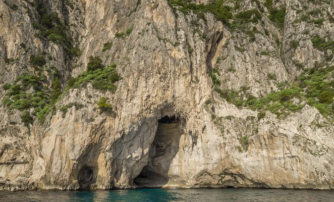 White Grotto (Grotta Bianca)