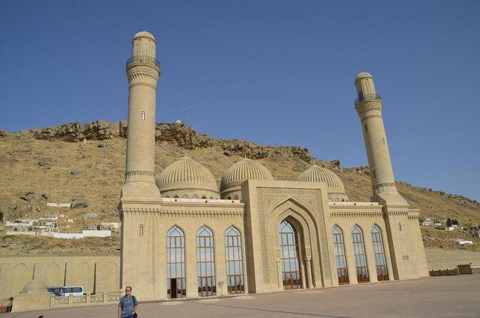 Bibi-Heybat Mosque (Bibiheybet Mescidi)