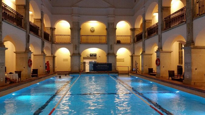 Rudas Thermal Baths (Rudas Gyógyfürdo)