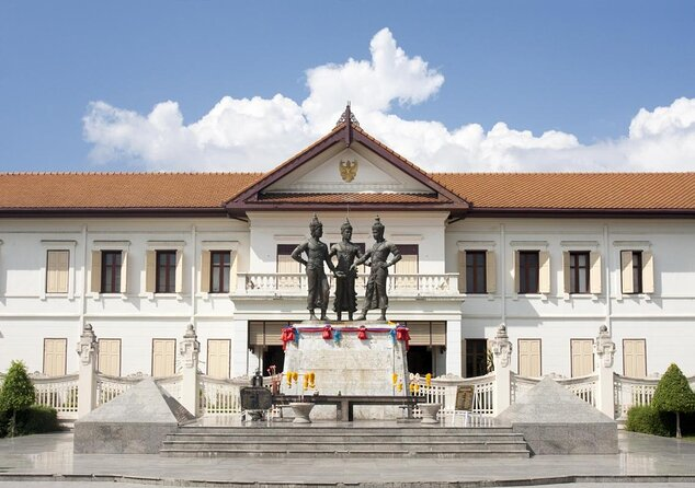Three Kings Monument (Anusawari Sam Kasat)