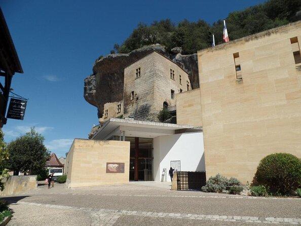 National Prehistoric Museum (Musée National de Préhistoire)
