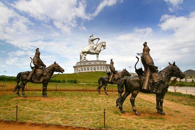 Genghis Khan Statue Complex (Chinggis Khaan Statue Complex)