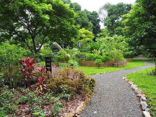 Pha Tad Ke Botanical Garden
