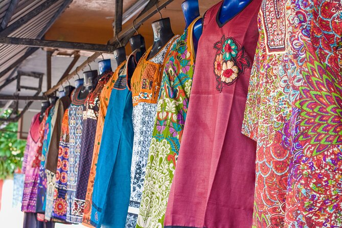 Mauritius Private Shopping Day Tour: Bagatelle Mall, Quatre Bornes and Curepipe
