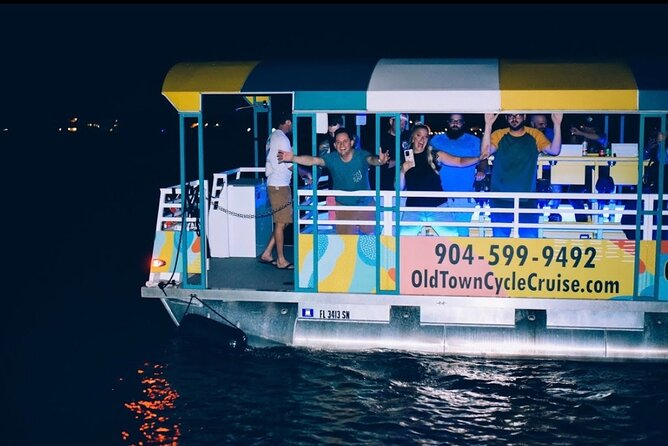 Night of Lights: Holly Jolly Yachty Tour in St. Augustine