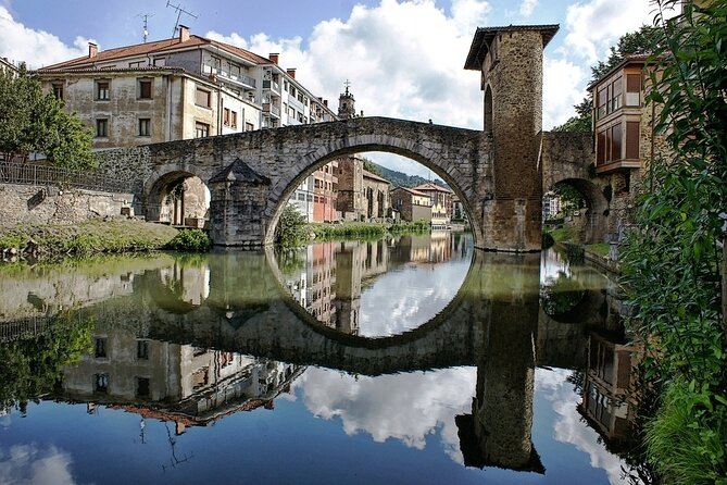 7-day Basque Country Tour with Guggenheim Museum Ticket