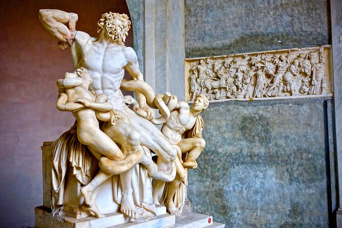 Explore Vatican Museums, the Sistine Chapel and Basilica with an Historian