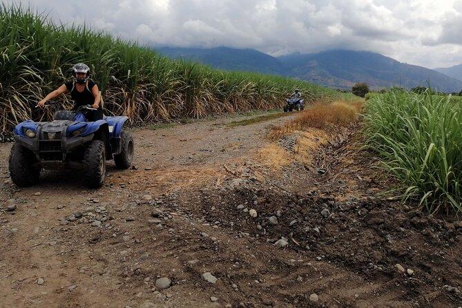 Cali ATV tour - Recorrido en Cuatrimoto por ríos y cañaduzales