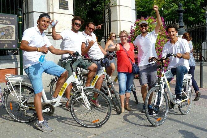 Retiro park and Literary Quarter by bike