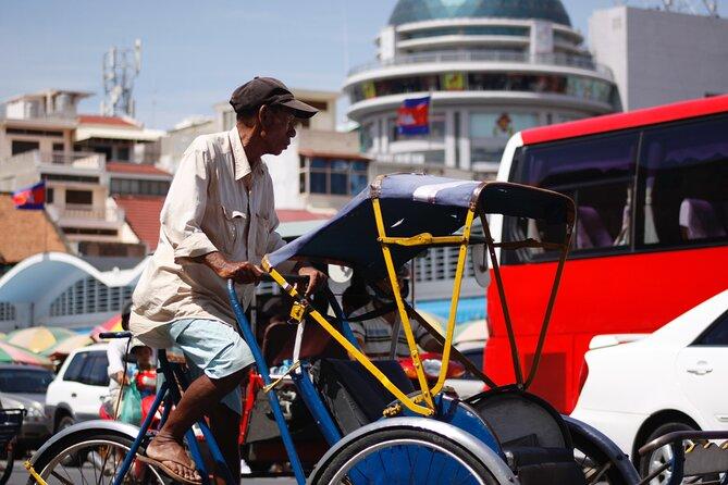 Essential Phnom Penh by Cyclo