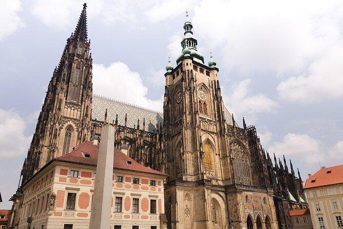 Boleto del Castillo de Praga y descripción general introductoria a las 11:00 am