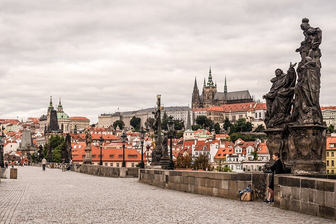Prague Walking Tour of Old Town, Charles Bridge and Prague Castle