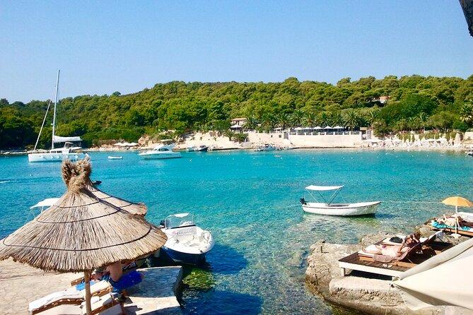 LUXURY TOUR ***** BLUE CAVE & FIVE islands *****