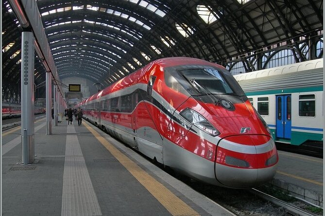 PRIVATE transfer from Florence Train Station (SMN) to City Hotel