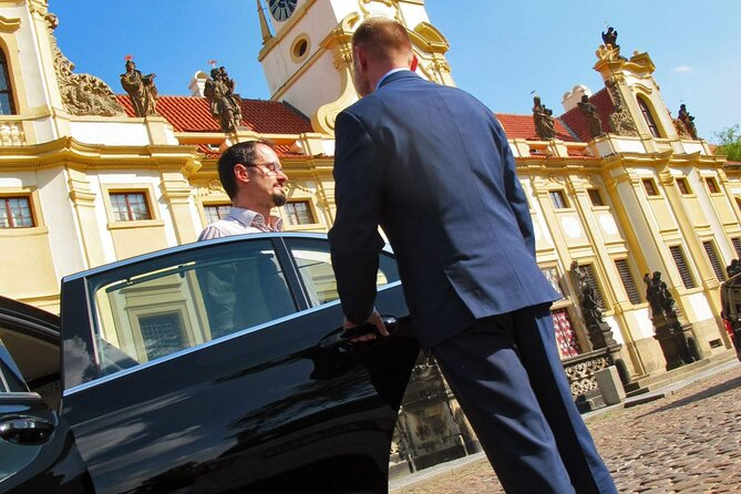 Private Transfer from Prague to Munich in a Luxury Car