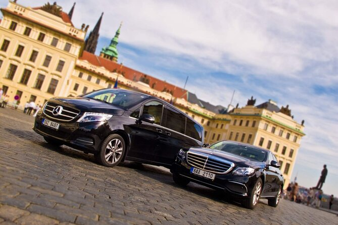 Private Transfer from Dresden to Prague