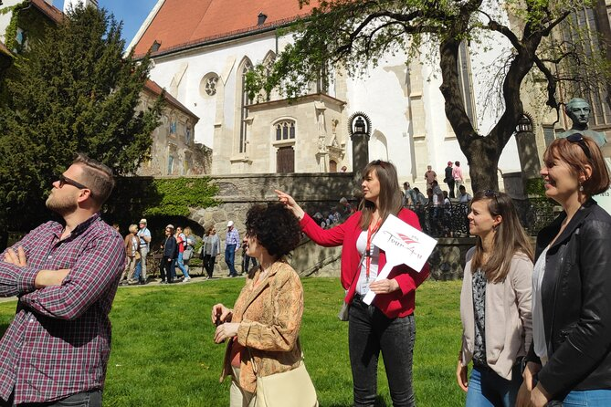 Guided Walking Tour in French or Spanish or Russian or Italian