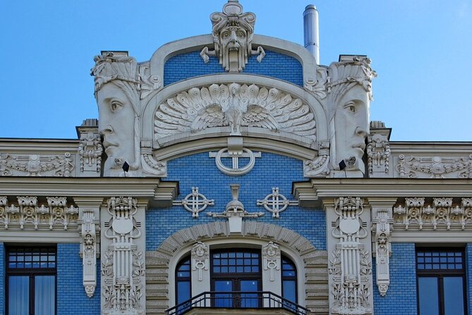 Private Riga tour with Old Town Art Nouveau and Central Market