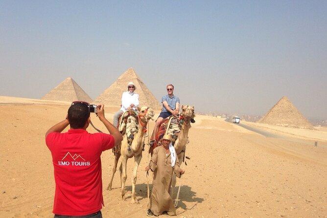 Excursion d'une journée aux pyramides de Gizeh et aux pyramides de Saqqara