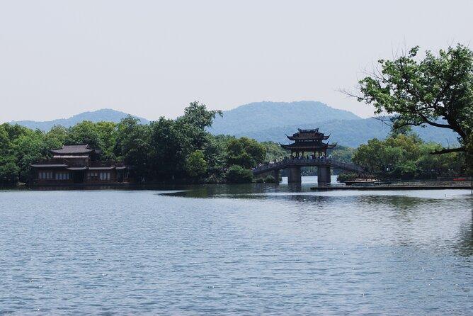 Hangzhou Your Way: Private Full-Day Hangzhou City Transport