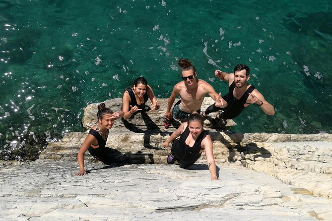3-Hour Split Deep Water Soloing and Cliff Jumping Adventure