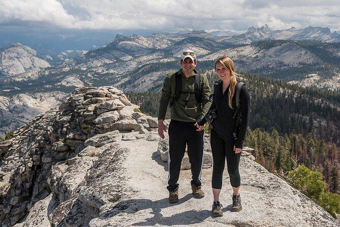 ガイドとヨセミテを巡るプライベートハイキングツアー