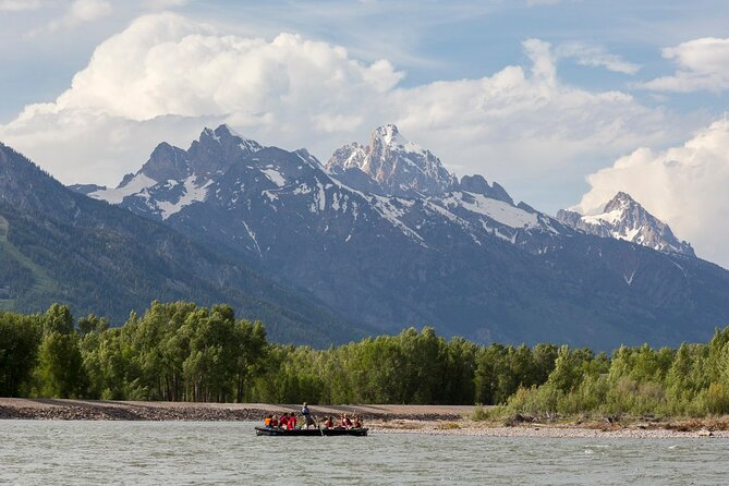 Half-Day Teton Views Float Tour with Lunch