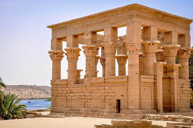 Assuan: tour guidato di High Dam, The Obelisk e Philae Temple in motoscafo