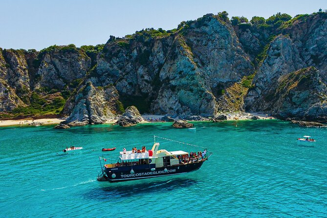 Tour of the Costa degli Dei by boat, 3 hours with aperitif included