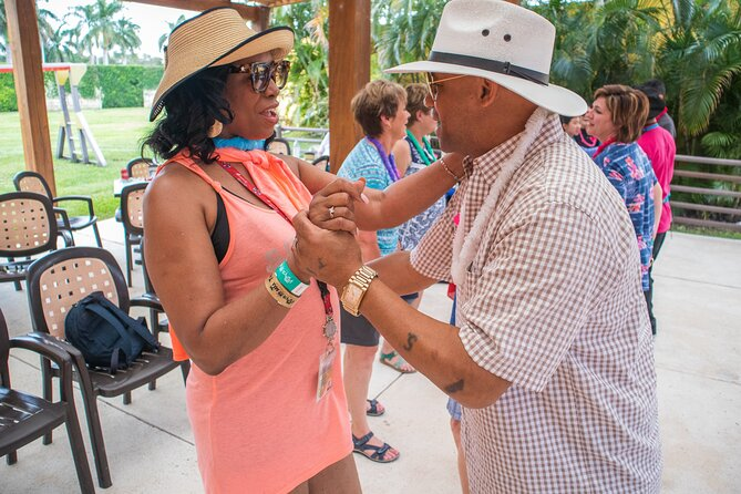 Dance & Salsas at Playa Mia