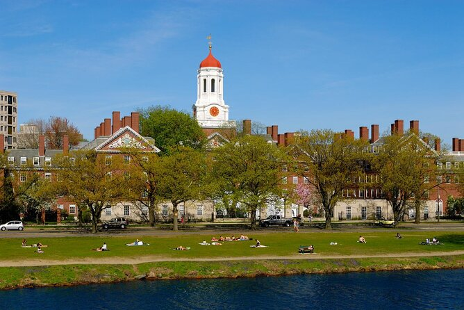 Walking Tour of Cambridge, including MIT and Harvard