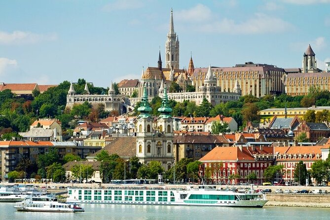 Full-Day Private Trip from Vienna to Budapest