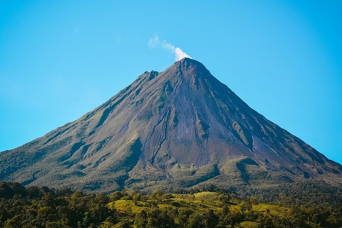 Arenal One Day Tour & Hot Springs from Jacó