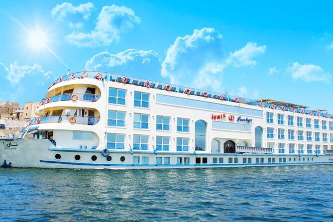 4 Days Nile Cruise From Aswan , Kom Ombo , Edfu and Luxor & Guided Tours