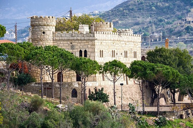 Private Full-Day Tour to Beiteddine, Deir El Qamar and Moussa Castle from Beirut