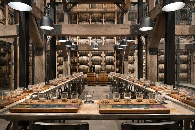 Jack Daniel's Whiskey Distillery Tour with Live Entertainment from Nashville