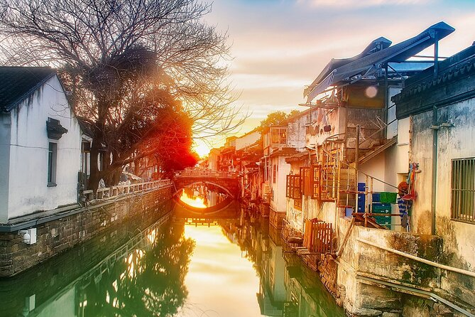 Suzhou's Gardens and Silk Journey