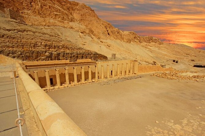from Hurghada to Luxor : west bank , karnak temple and lunch