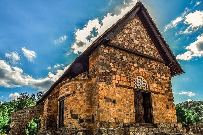 Full-Day Tour UNESCO Churches and Kalopanayiotis in Cyprus