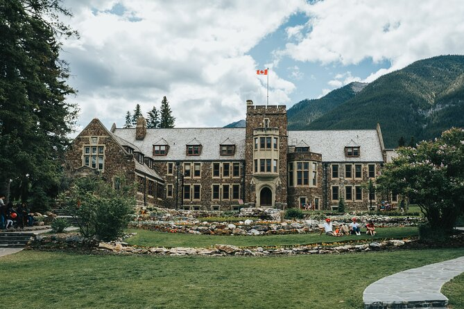 The Sights of Banff: a Smartphone Audio Walking Tour